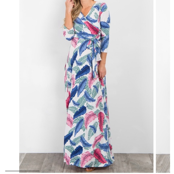 1161ddefb81 Pinkblush tropical palm leaves maternity dress